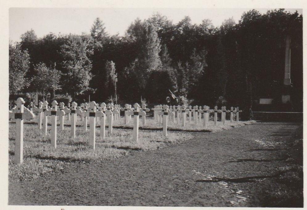 Cimitirul din Soultzmatt, fotografiat in 1938